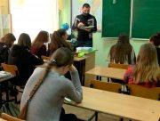 Херсонські школи мають визначитися зі статусом
