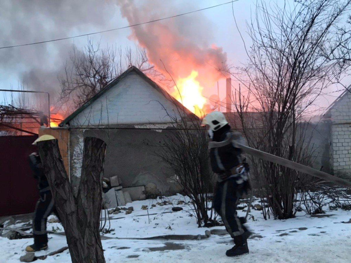 В Херсоне горел частный дом на Жилпосёлке