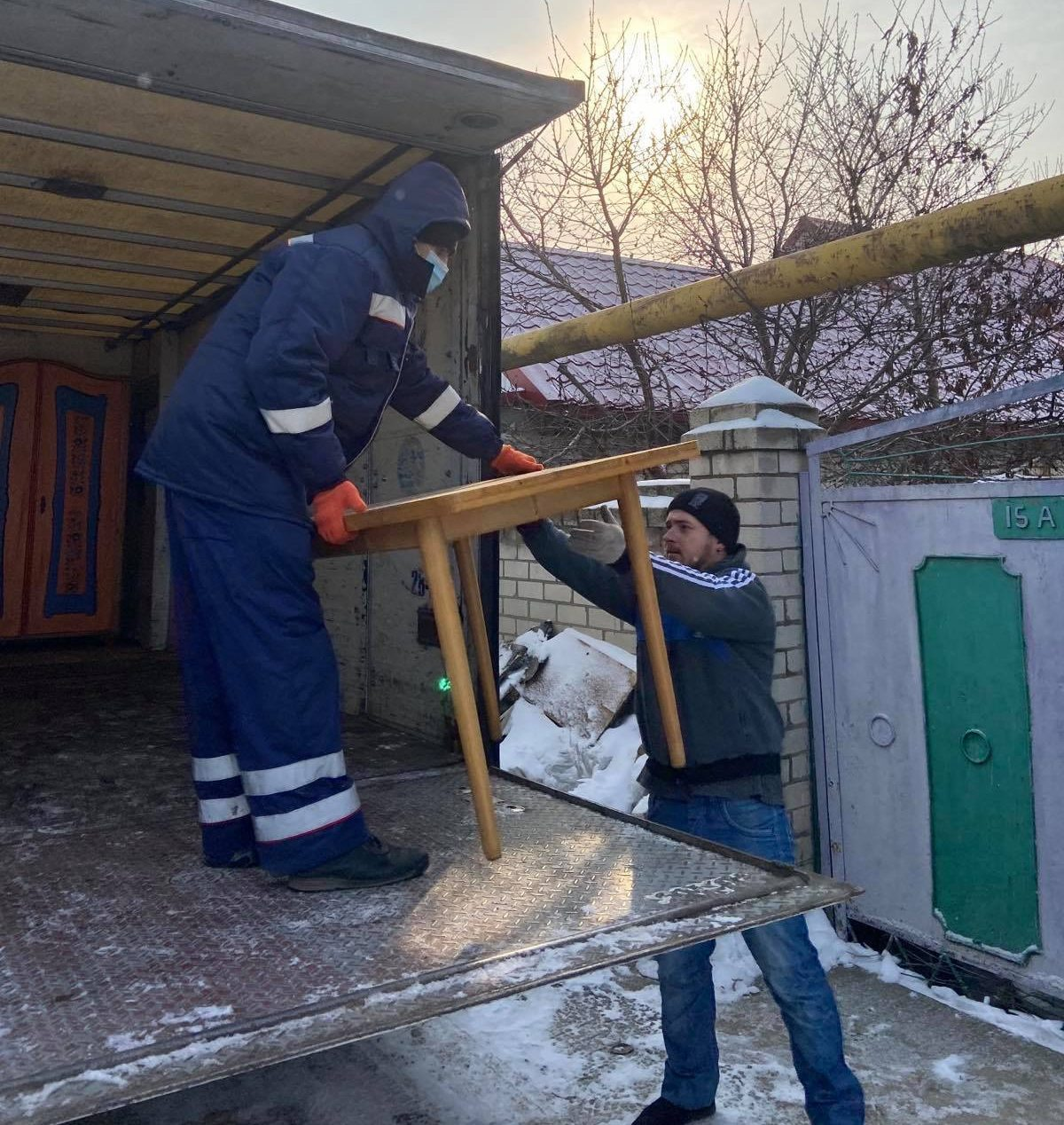 благодійники, погорільці, допомога, Рожков