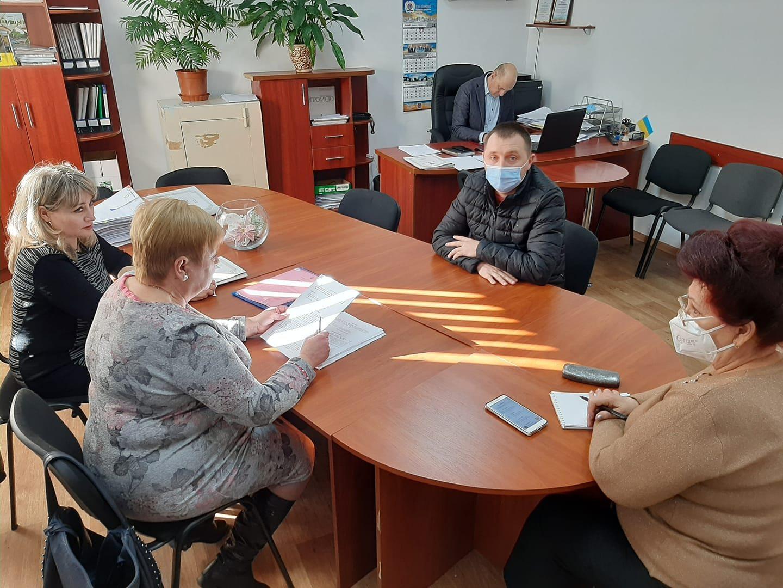 В Олешках депутати прагнуть допомогти людям