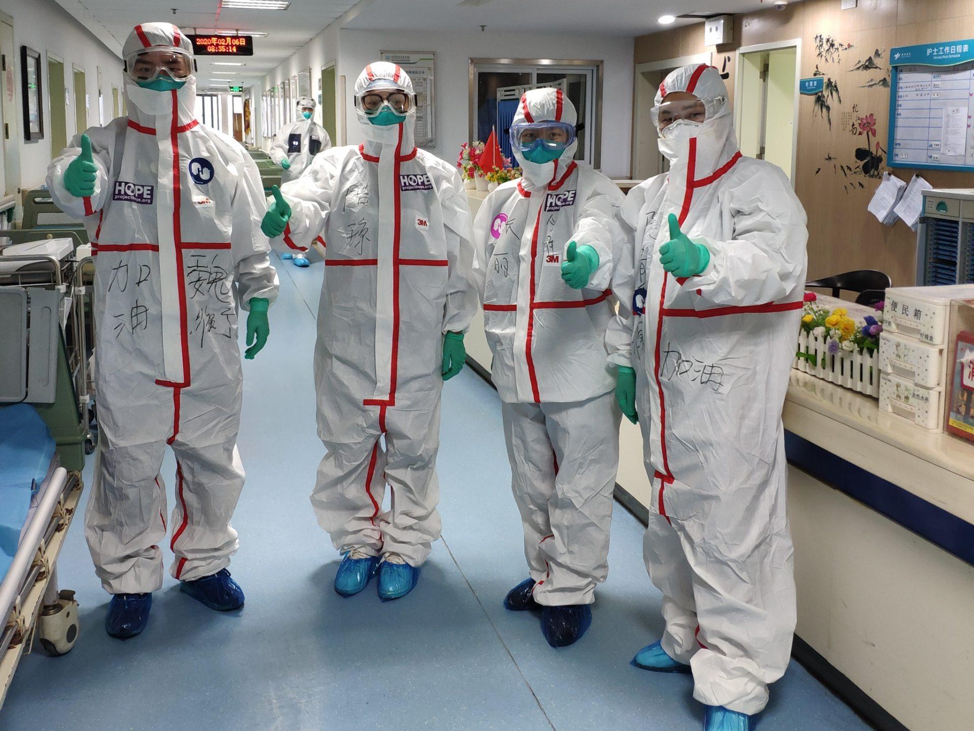 больницы, USAID, защитные костюмы, COVID-19