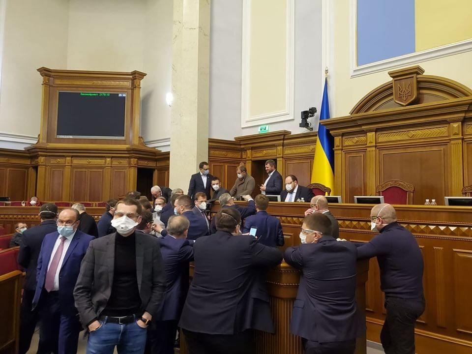 От Херсонщины только нардеп Колыхаев голосовал против рынка земли