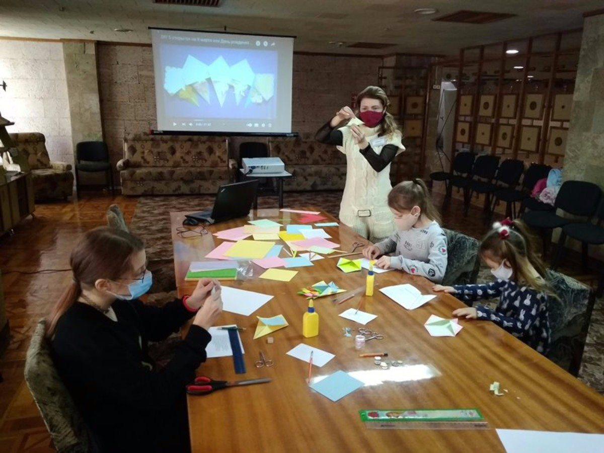 Херсон,библиотека им.Гончара,оригами