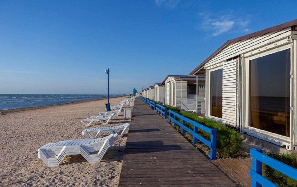 арабатка, курорты, отели, цены, пляжи