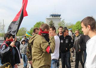 В Херсоне нарушают права гражданина, человека и журналиста