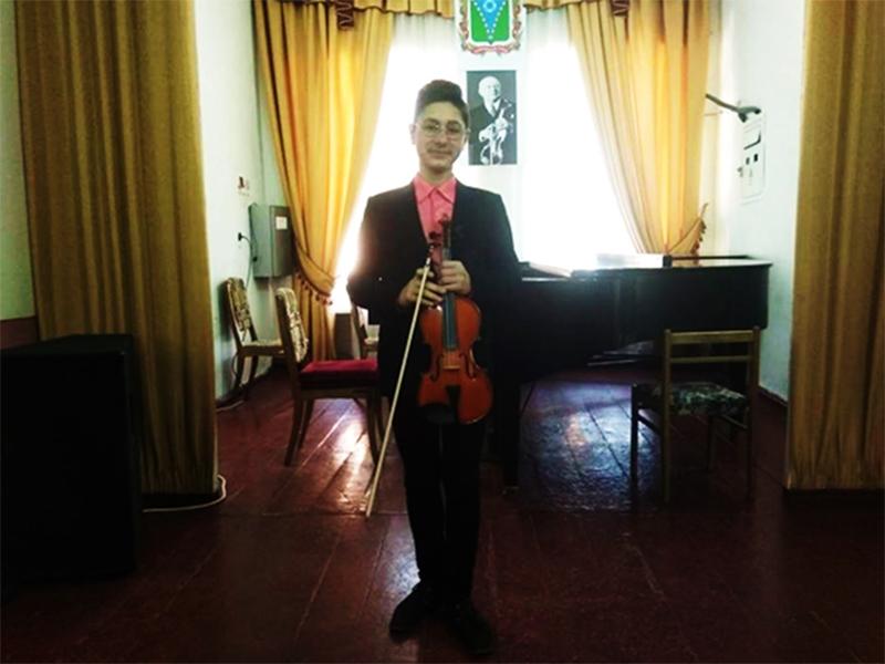 Херсонський скрипаль переміг у Міжнародному конкурсі