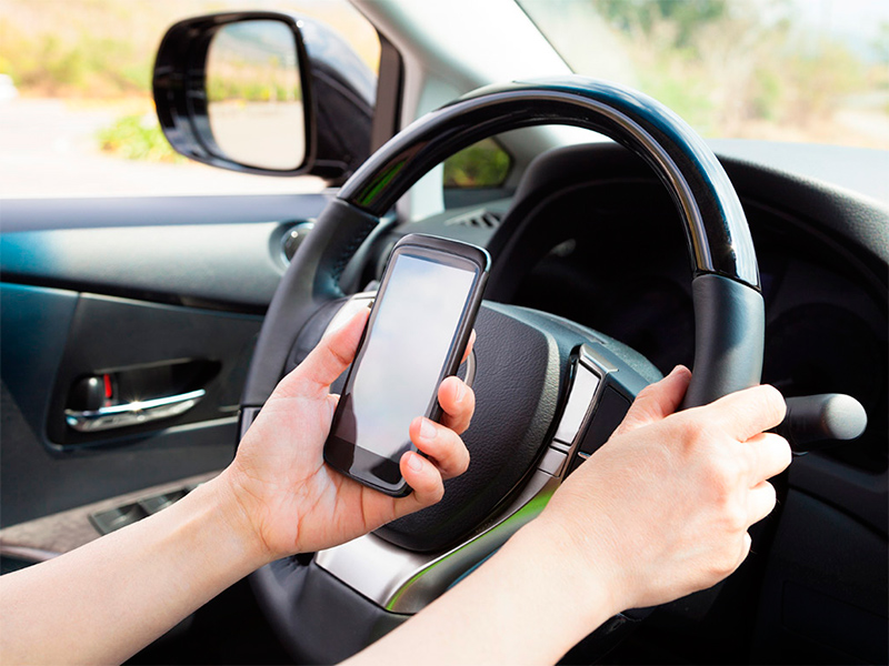 5 мобільних додатків для водіїв, які допоможуть в дорозі