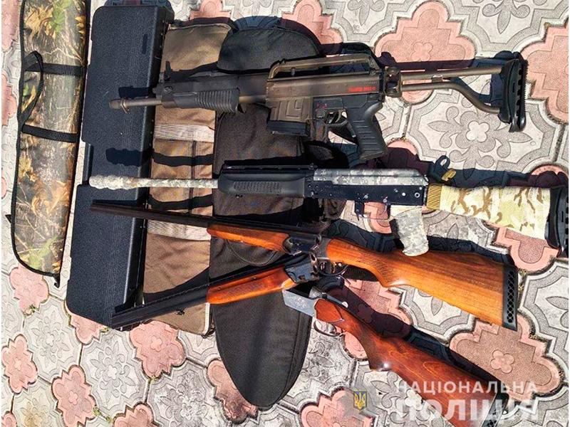 В Скадовске квартиранты оставили хозяину целый арсенал