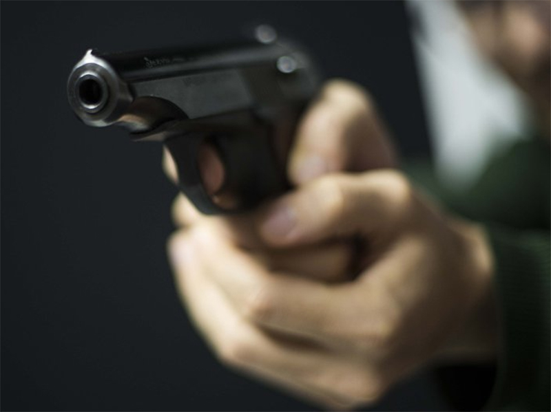 В херсонском сквере стрелял предприниматель