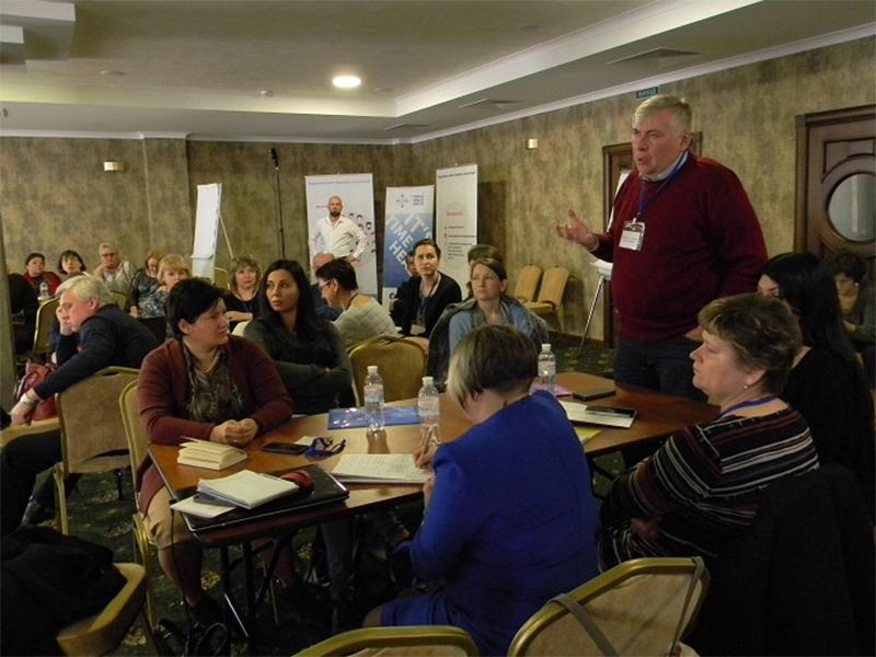 Учасники всеукраїнського семінару з імунізації у Херсоні попрацювали в групах