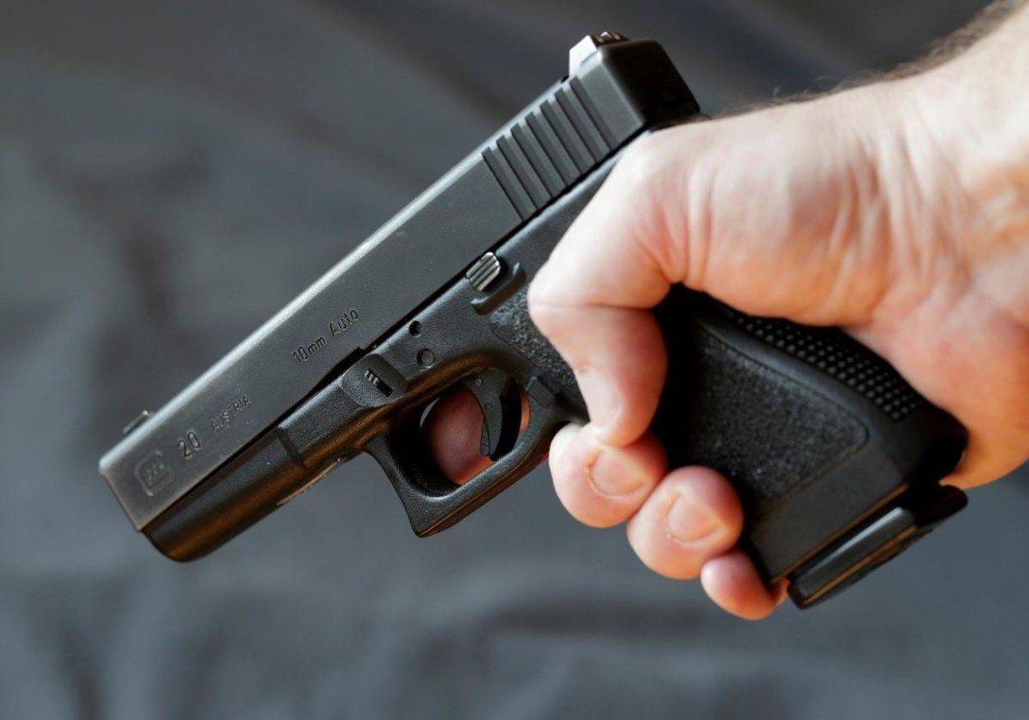 В Херсоне ссора соседей закончилась стрельбой