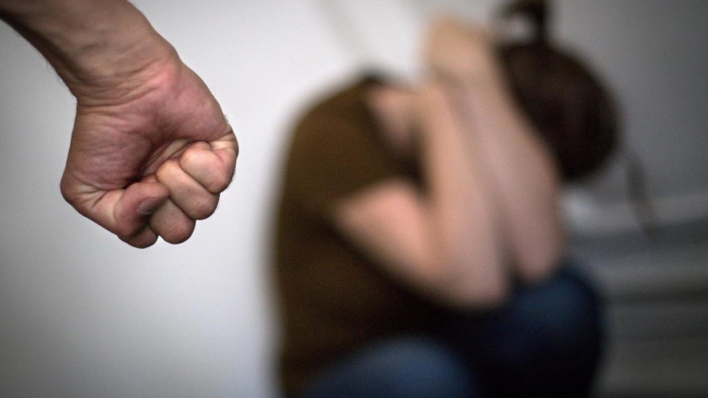 Херсонские полицейские за сутки помогли 40 жертвам домашнего насилия