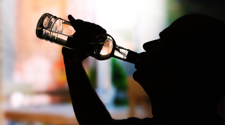 алкоголь, коронавирус, травмы