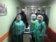 Медикам Херсона передали аппарат за миллион гривен от фонда Игоря Колыхаева