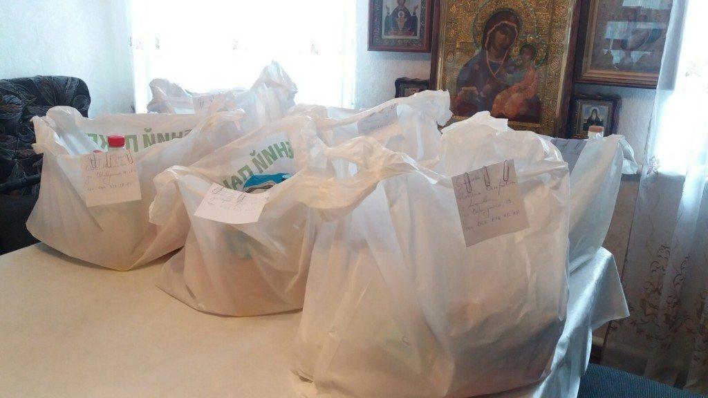 Прихожане, собор, помощь, семьи