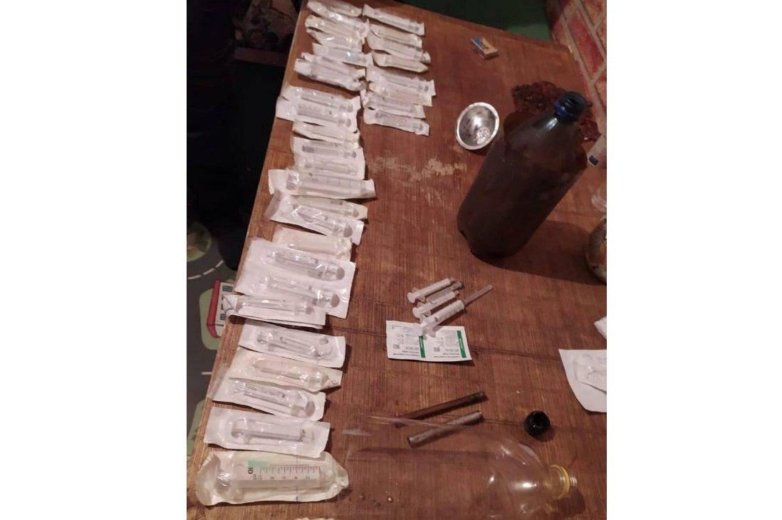 солі, наркотики, оперативники, притон, каховка