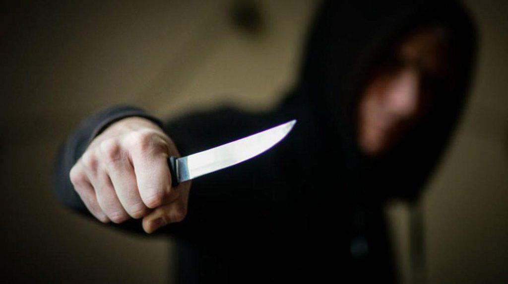 Житель Каховки убил друга за долги