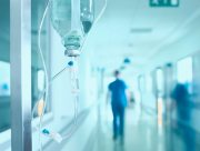 На Херсонщине врачи спасают ремонтников