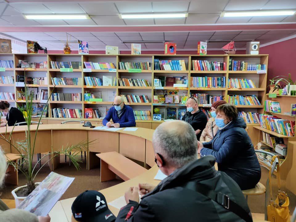 мешканці Таврійського, прийом депутата, Дмитрієв