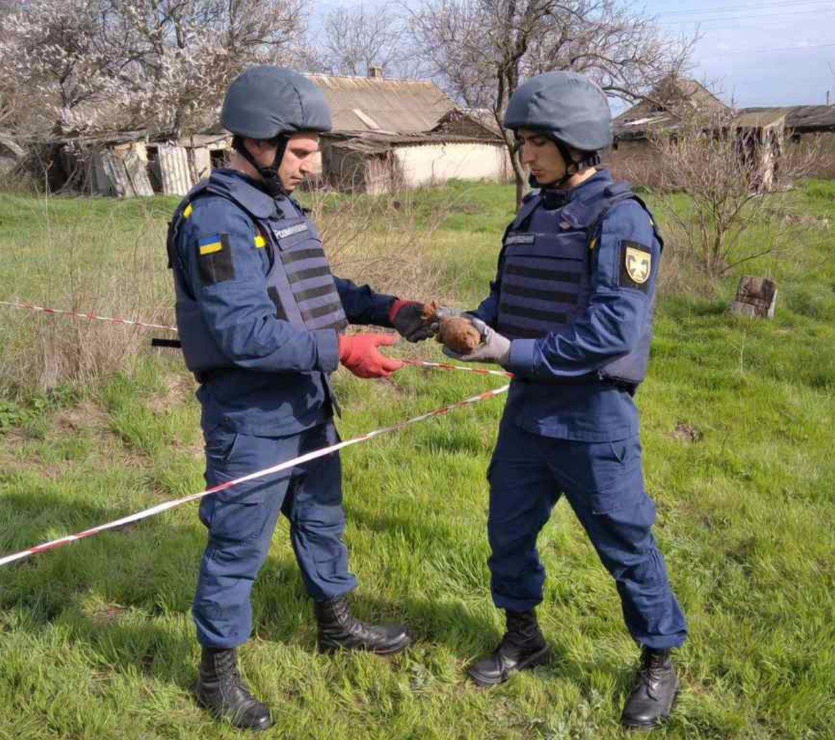 Бериславский район,пиротехники,миномётные мины