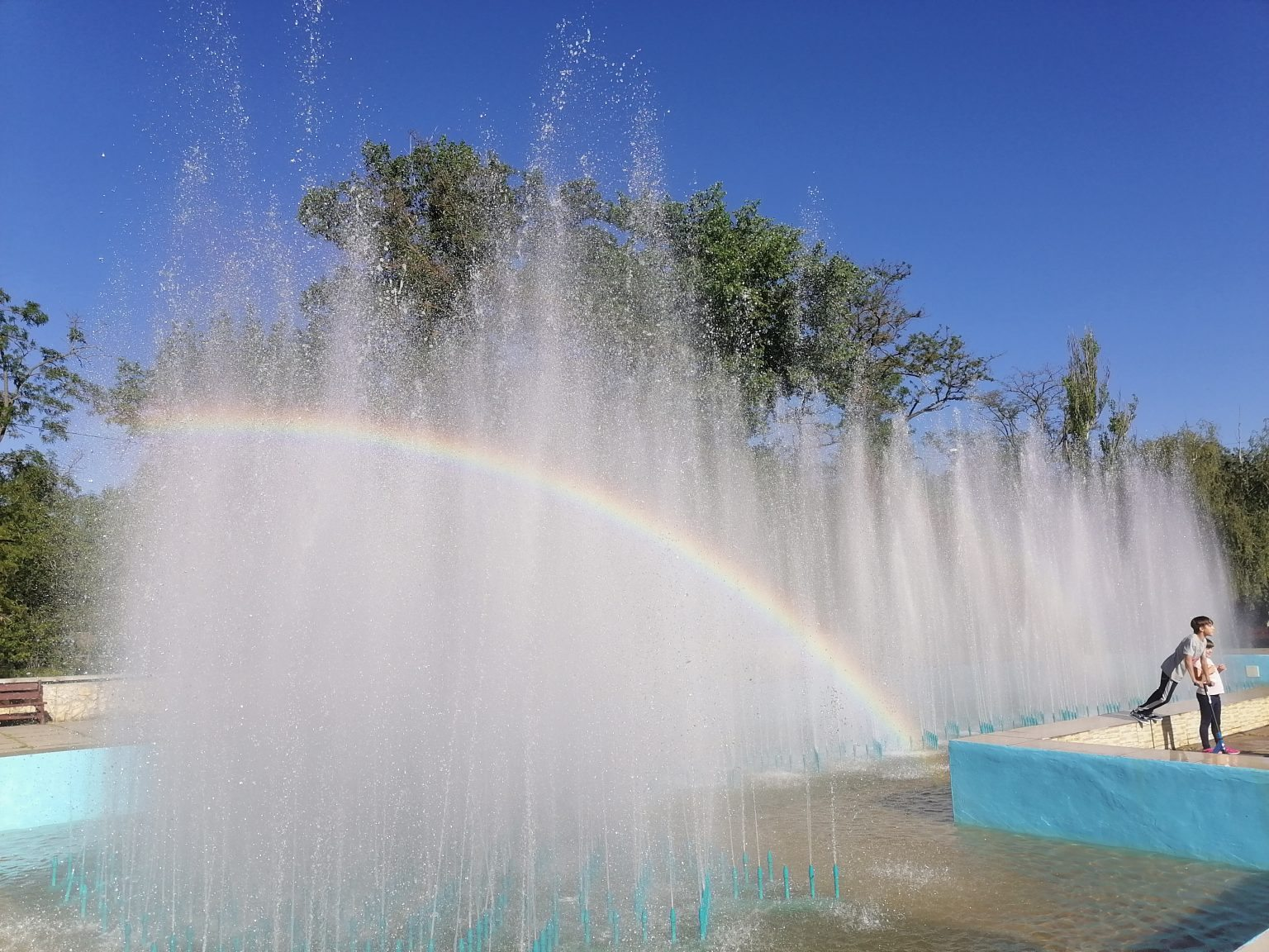 фонтан,Херсон,май