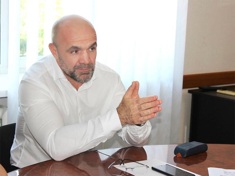 Владислав Мангер: «Ми зачекаємо із реорганізацією медзакладів заради людей»