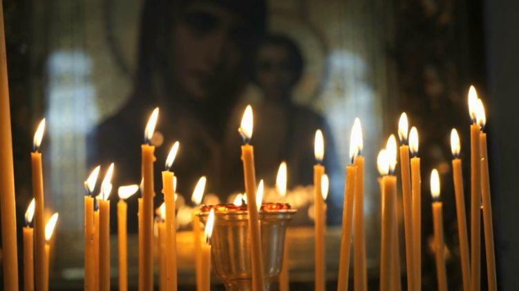 Религиозные организации Украины попросили Кабмин разрешить людям молиться в церквях