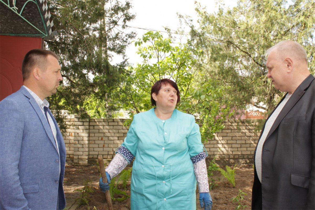 В Олешківській райраді підтримують сільську медицину