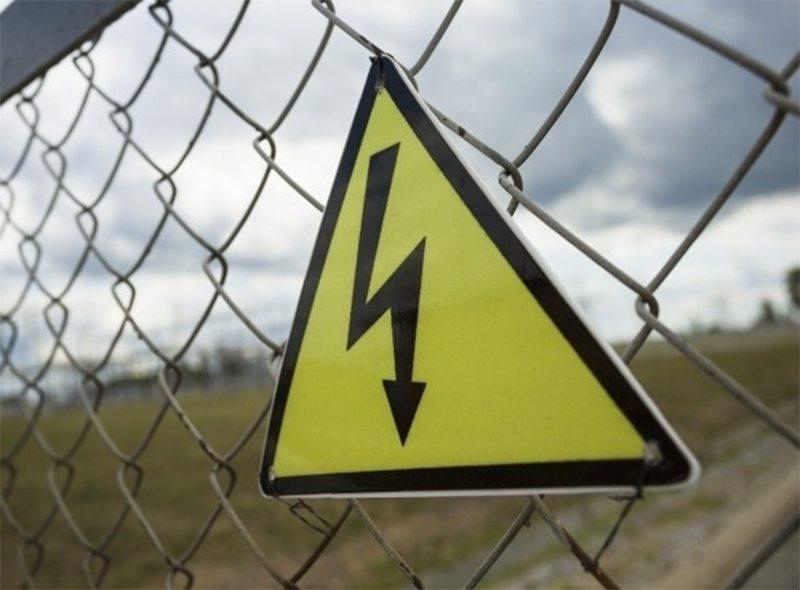 Удар током сбросил электрика с лестницы на Херсонщине