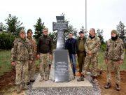 Херсонські волонтери впевнені: Герої живуть, поки живе пам'ять про них