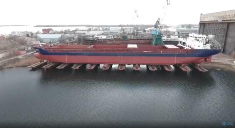 На Херсонской верфи SMG реализован интересный проект по увеличению грузоподъемности судна