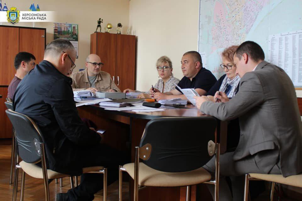 автобуси, бюджетна комісія, Дмитрієв