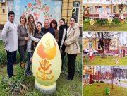 На Херсонщині цвітуть писанкові сади