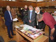 В херсонской библиотеке отметили юбилей известного украинского вокалиста