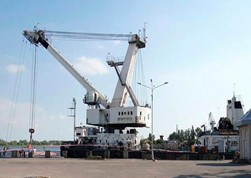 Херсонский морской порт тратит деньги
