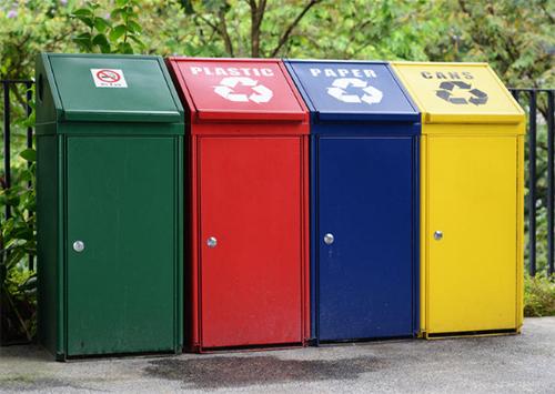 В Херсоне начали раздельный сбор пластикового мусора