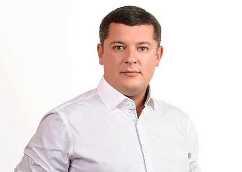 Егор Устинов: Мы же не в песочнице забавляемся, чтобы дуться друг на друга...