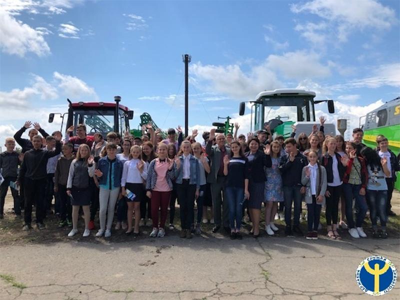Фахівці Каховського міськрайонного центру зайнятості відвідали Зеленоподільську ОТГ