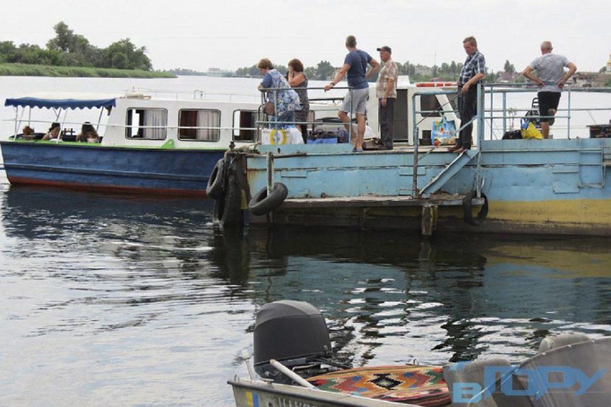 В Херсоне не утихает борьба между речными перевозчиками