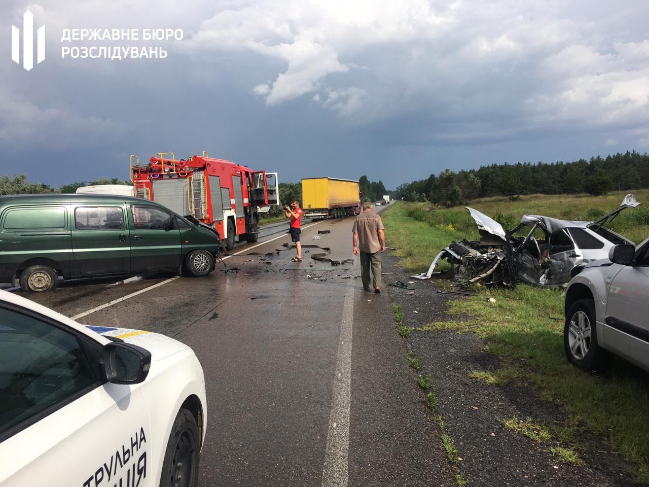 В Херсонской области сотрудник ГУ Нацполиции погиб в дорожной аварии