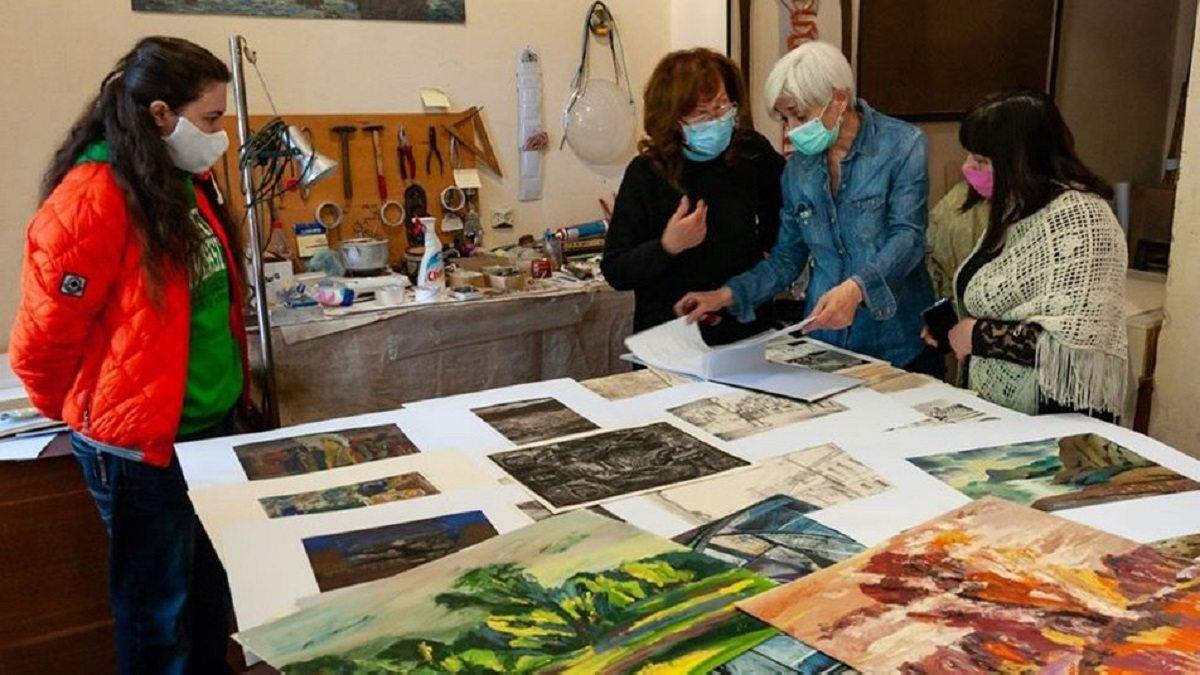 Художньому музею Херсона подарували понад 120 робіт