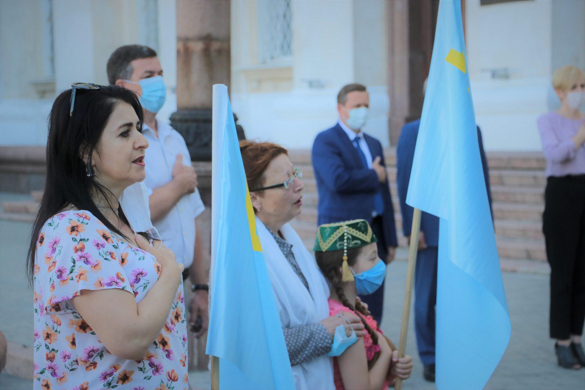 На Херсонщині відзначили День кримськотатарського прапора