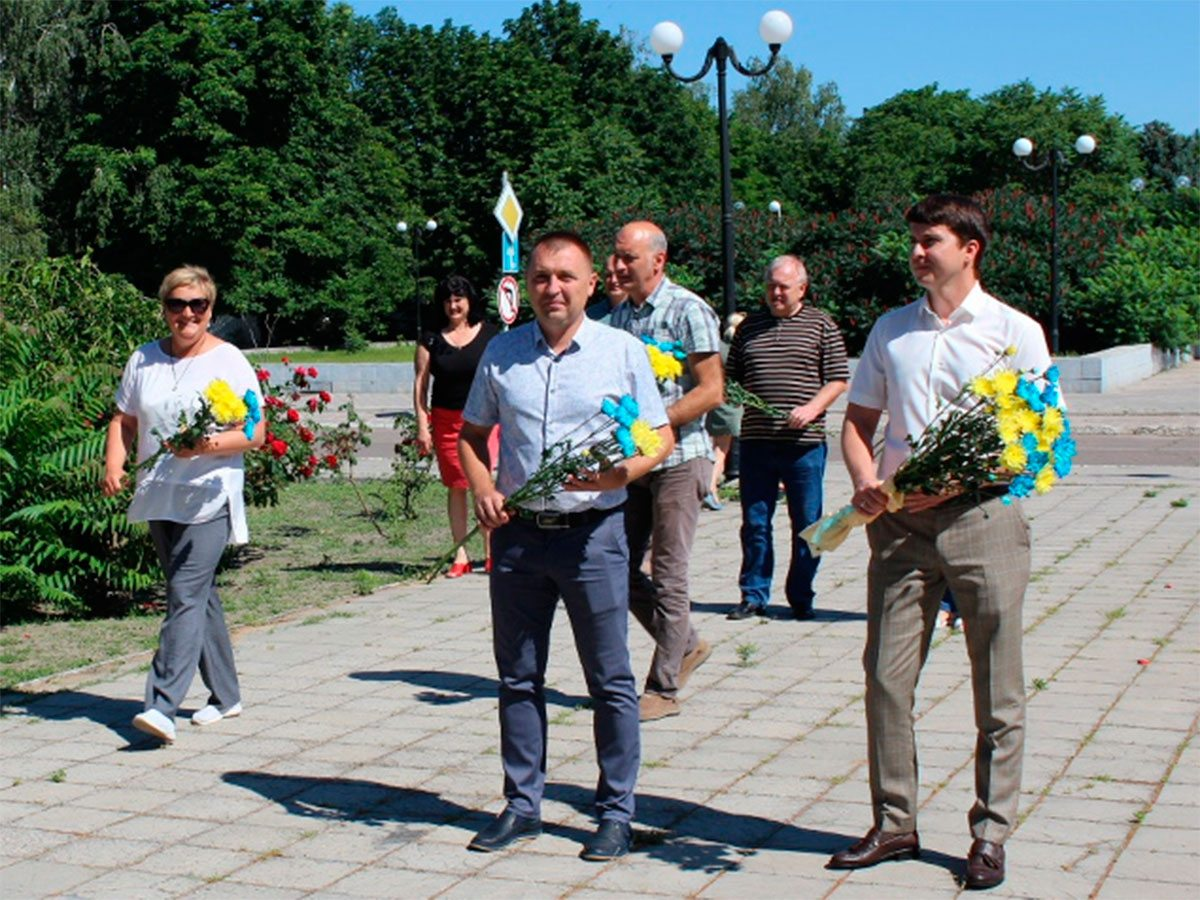 В Олешках вшанували пам'ять борців за свободу і незалежність української держави