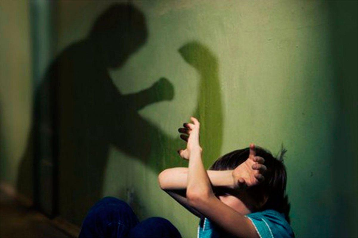 Детей на Херсонщине избивают взрослые