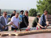 В Херсоне почтили память жертв войны