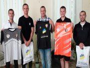 На Херсонщині сільський футбольний клуб отримав нову форму