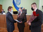 На сессии облсовета херсонцев отметили государственными наградами