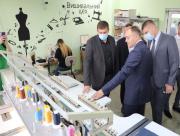 Председатель Херсонской облгосадминистрации ознакомился с работой швейной фабрики