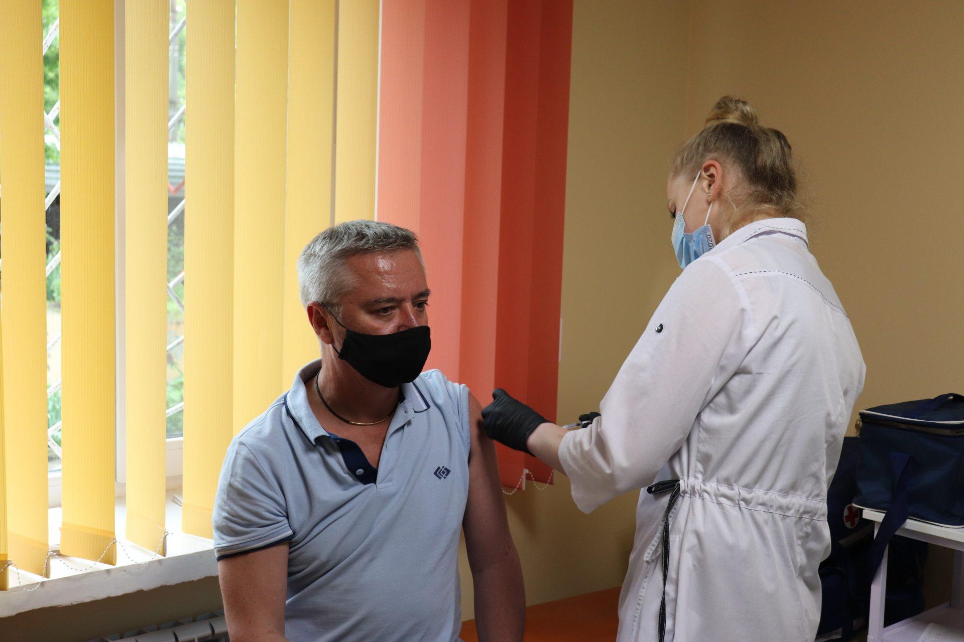 ХДУ, вакцина, Співаковський