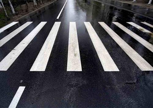 Херсонцам напоминают о безопасности на дороге
